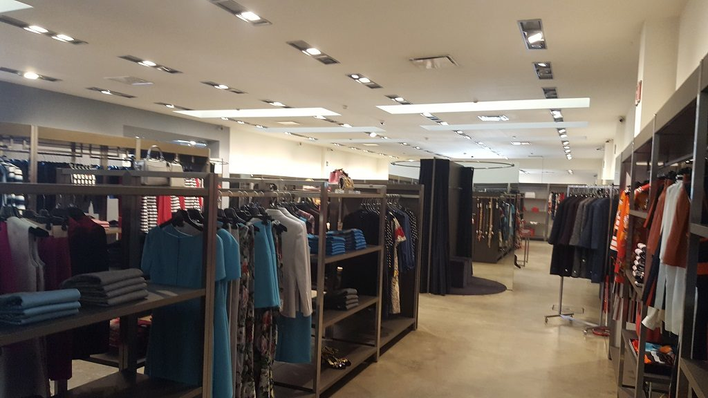 Dolce gabbana outlet legnano the best blog for Milano fashion outlet